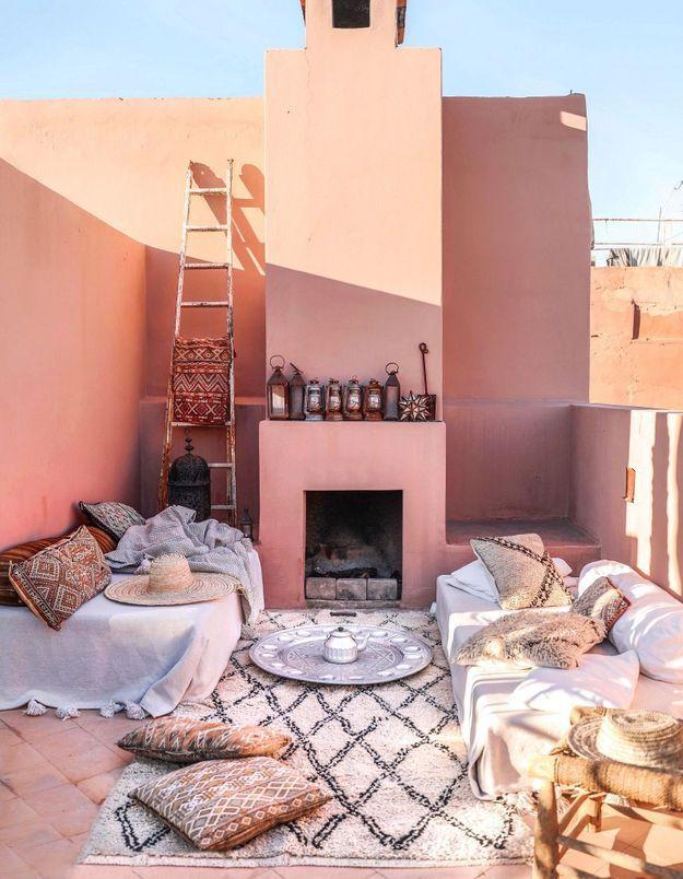 Une terrasse marocaine 100% rose