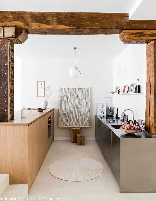 La cuisine minimaliste en inox
