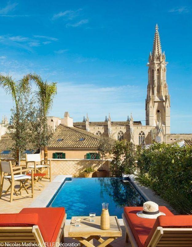 Le toit terrasse du Mama avec vue sur Palma de Majorque