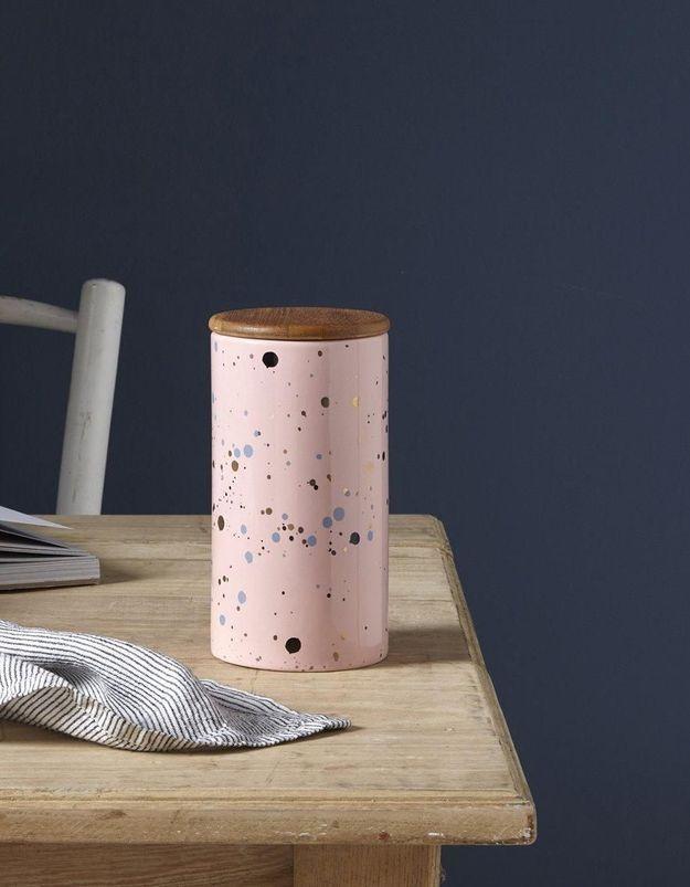 Un pot en céramique soldé Cyrillus