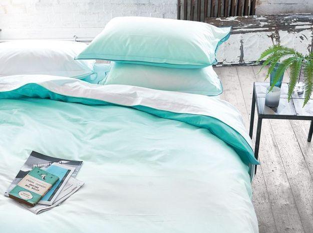 Le bleu turquoise pour réveiller la chambre