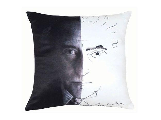 La poésie de Jean Cocteau s'invite chez Roche Bobois