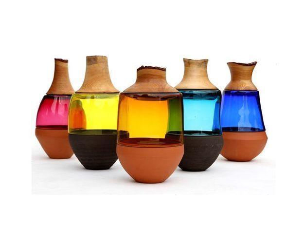 Vase the cool republic