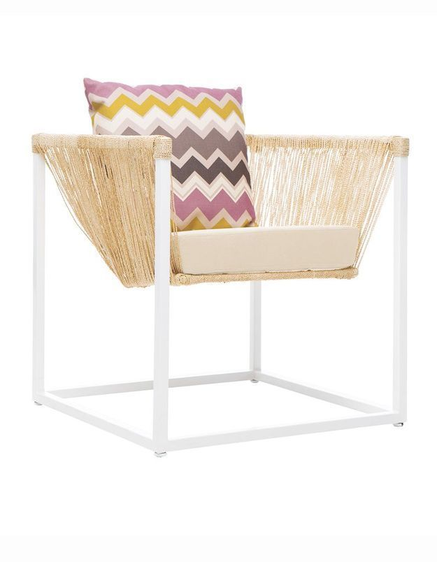 Un fauteuil en fibre d'abaca