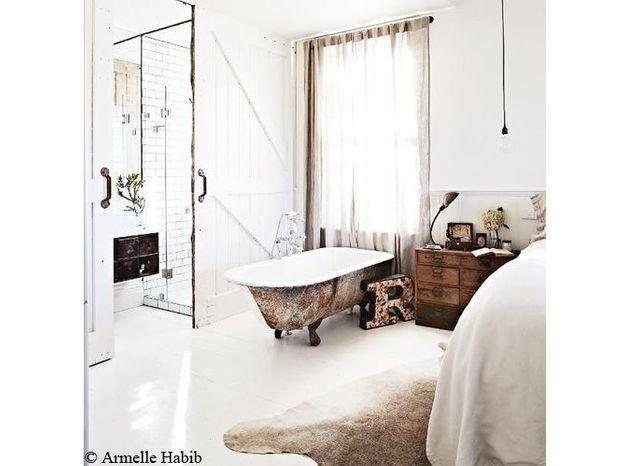 baignoire dans chambre