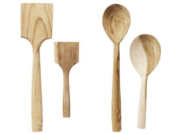 Des ustensiles en bois pour une touche rustique chic dans la cuisine
