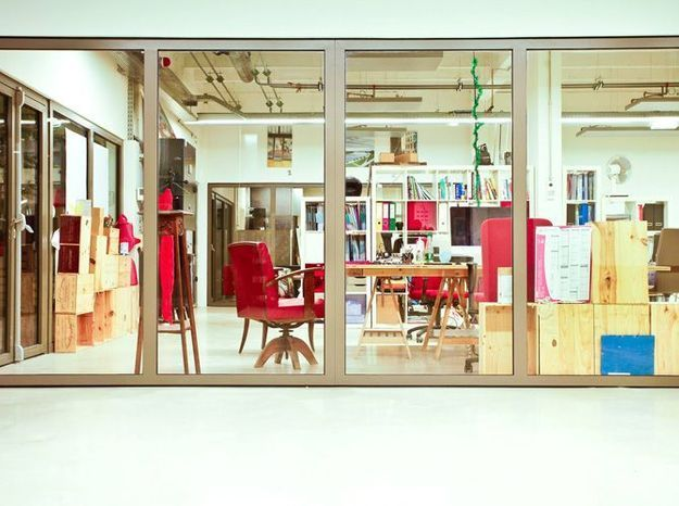 Grand bureau avec baie vitree