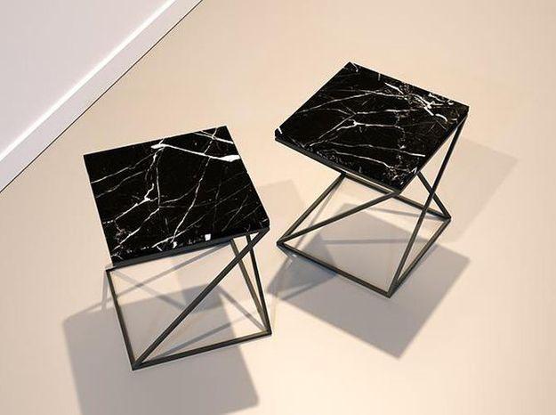 Des bouts de canapé ultra chics en marbre noir
