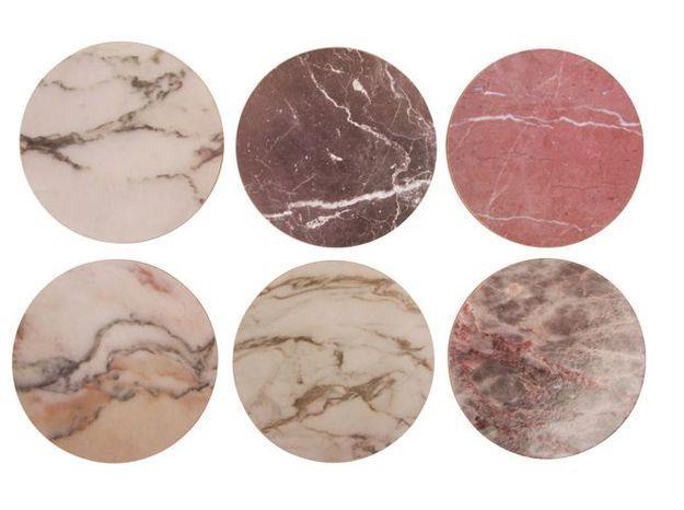 Des dessous de verre effet marbre aux teintes douces