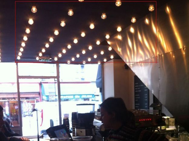 Fabriquez un plafond d'ampoules