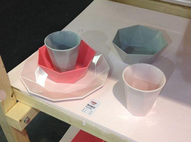 Assiettesroseplastiquepresenttime