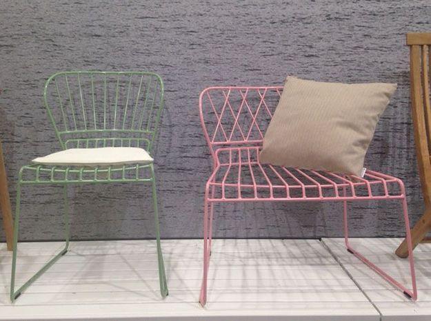 Les fauteuils de jardin pastel de SkarGaarden