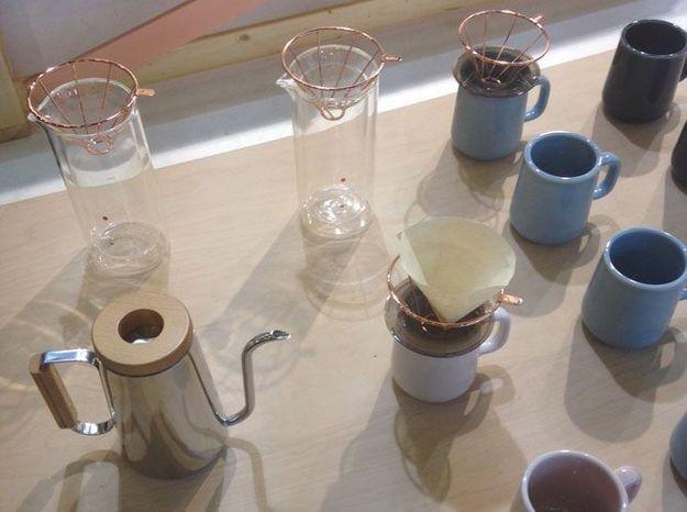 Les supports de filtre à café couleur cuivre de Toast