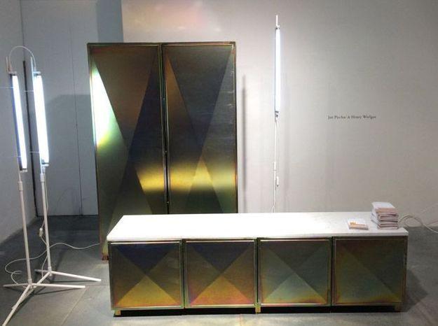 Commode armoire doree industrielle design
