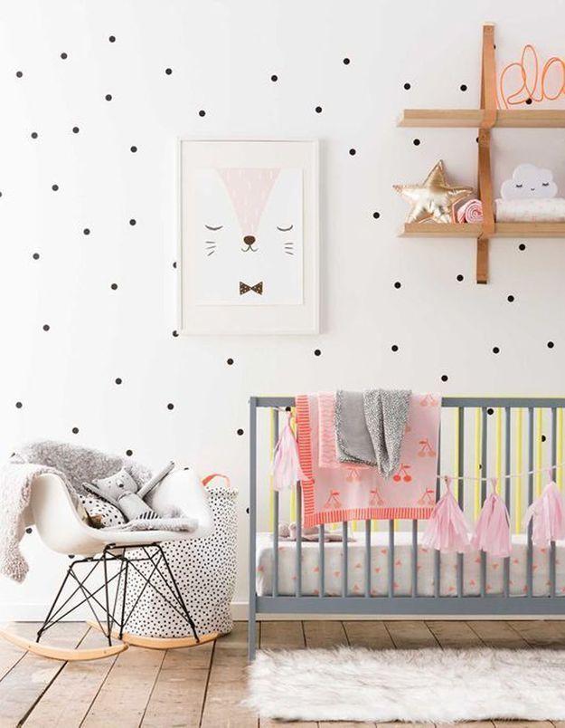 Une chambre de bébé scandinave