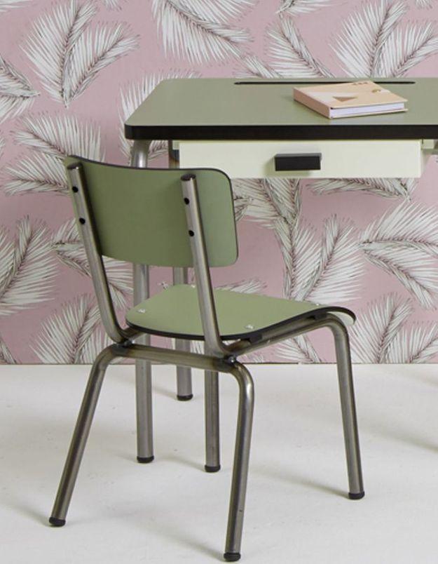 Une chaise d'écolier soldée Les Gambettes