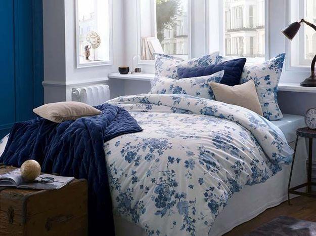 On change la disposition du lit pour créer une chambre cosy
