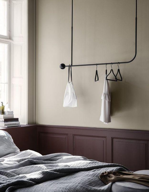 On oublie le dressing surchargé pour créer une chambre cosy