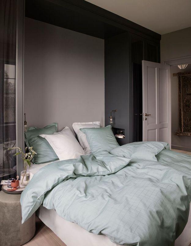Une chambre grise délicate