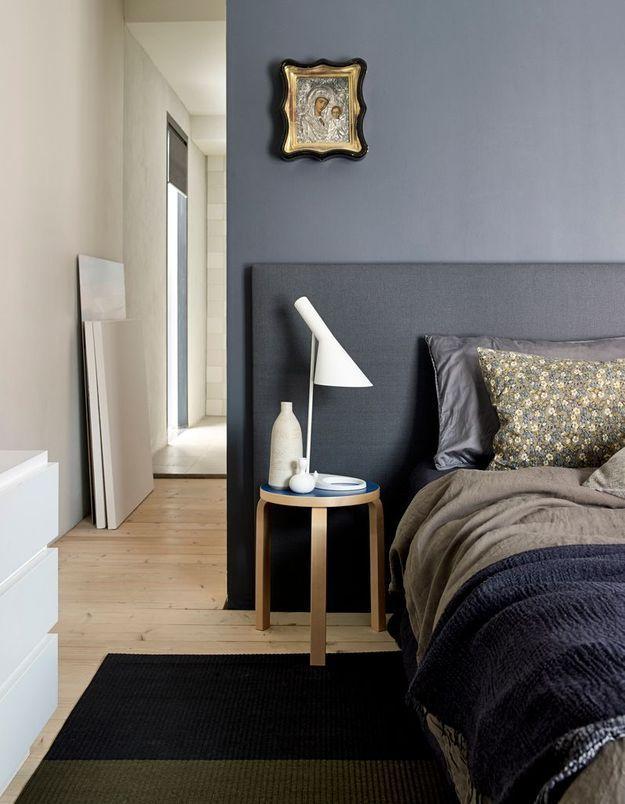 Une chambre grise élégante