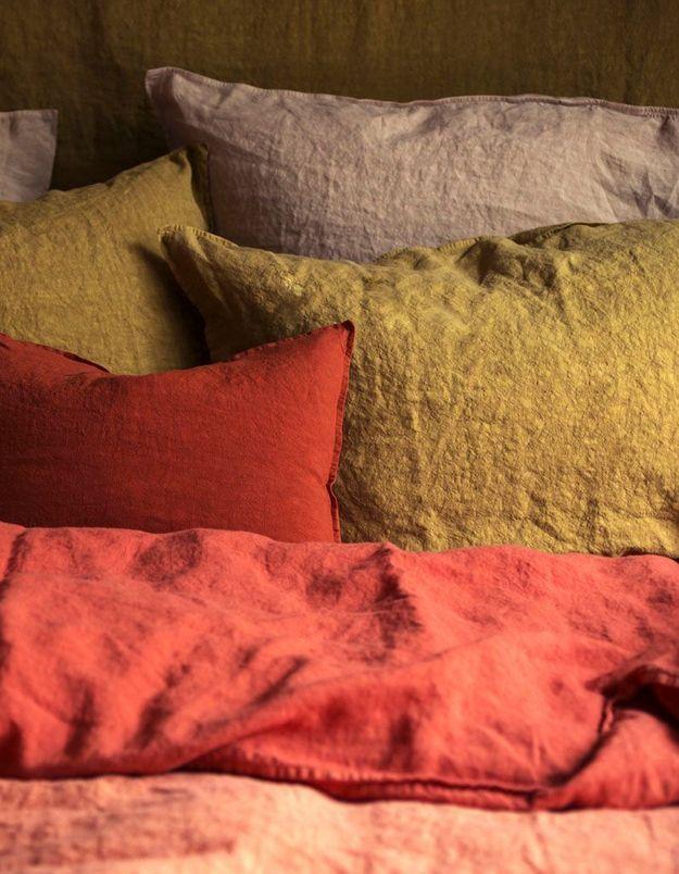 Craquez pour du linge de lit en lin dans la chambre