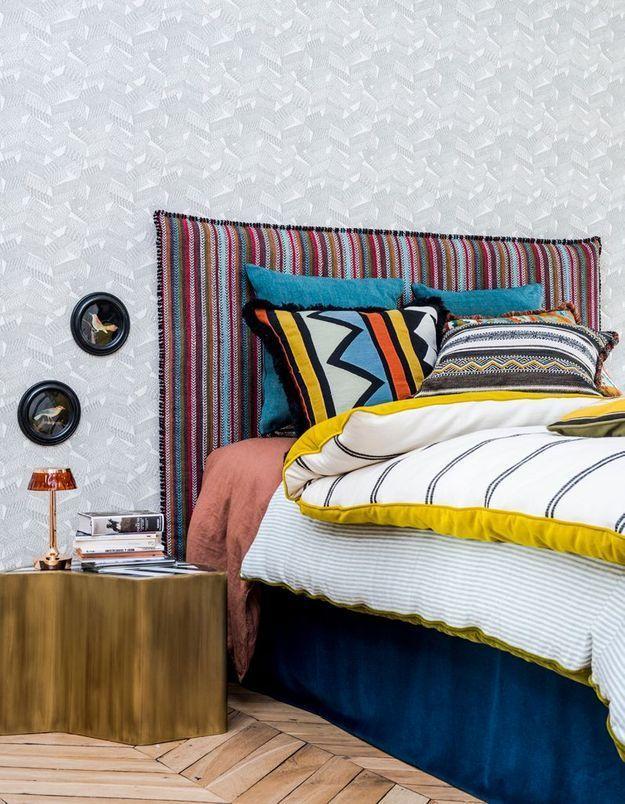 Osez le linge de lit à motifs ethniques dans la chambre