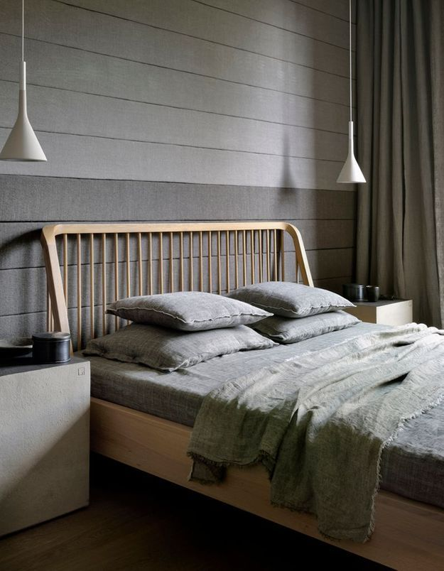 Préférez la suspension basse à la lampe de chevet classique dans la chambre