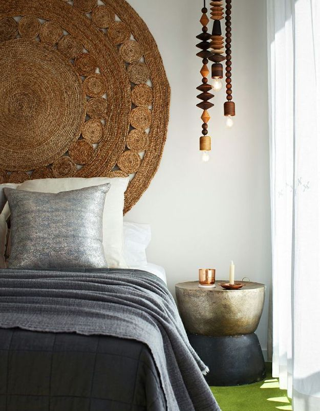 Un tapis en guise de tête de lit