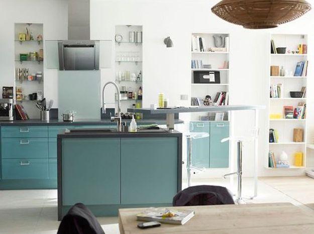 Une cuisine design turquoise
