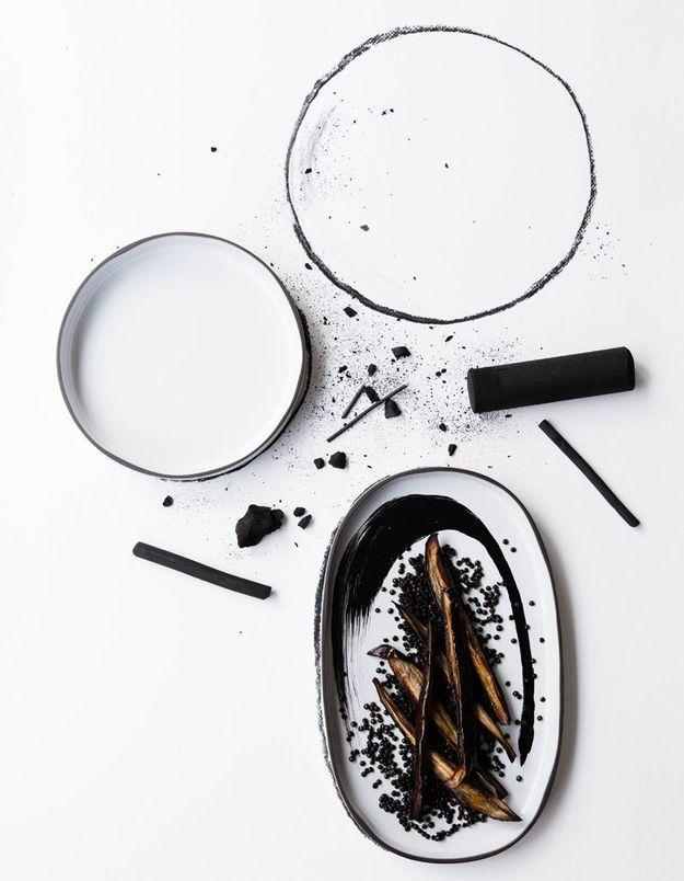 Assiette plate et assiette ovale blanche Caractère de Noé Duchaufour Lawrance pour Revol