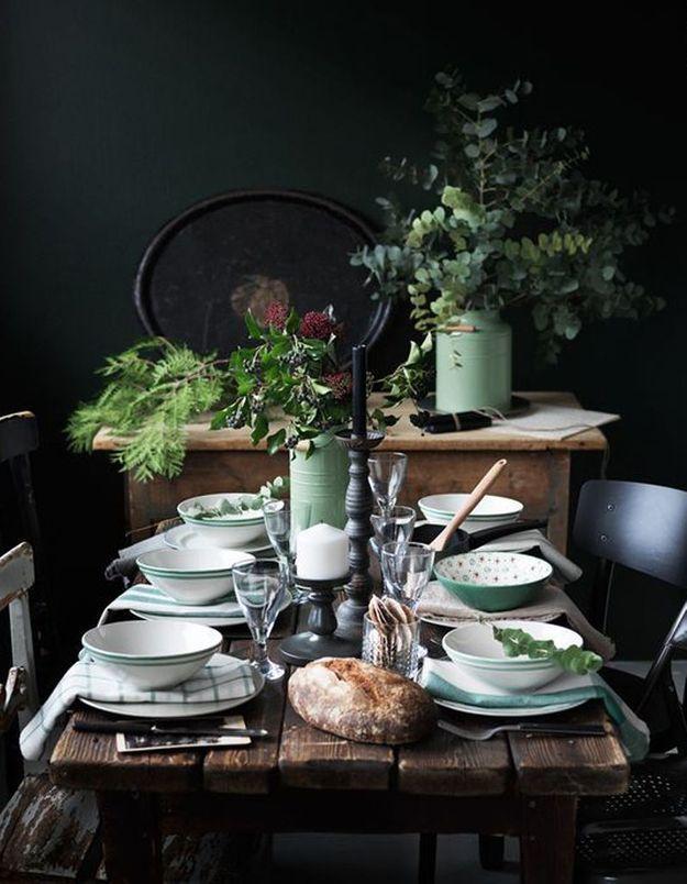 Décoration de table hiver : dépareillez votre linge de table