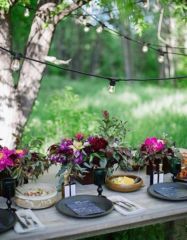 Une déco de table très fleurie pour Pâques
