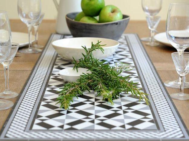 L'objet déco du jour : le chemin de table Beija Flor