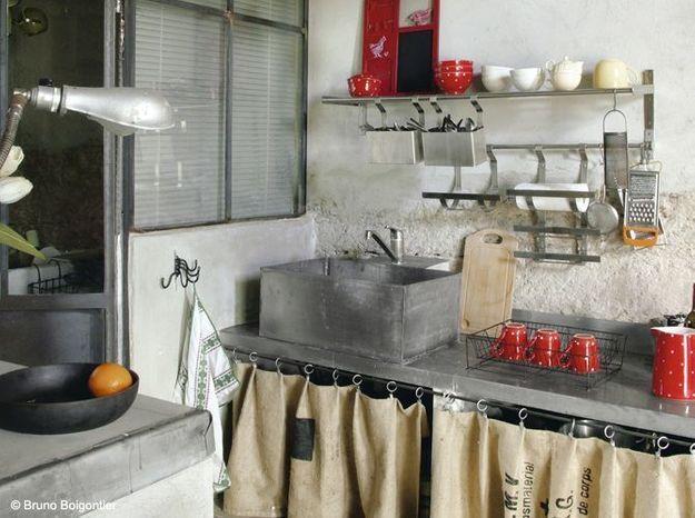 Une cuisine campagne rustico-industrielle