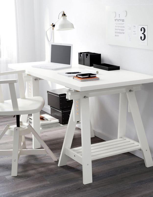 Un bureau IKEA décalé