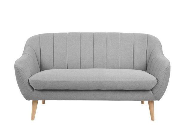 Un petit canapé gris