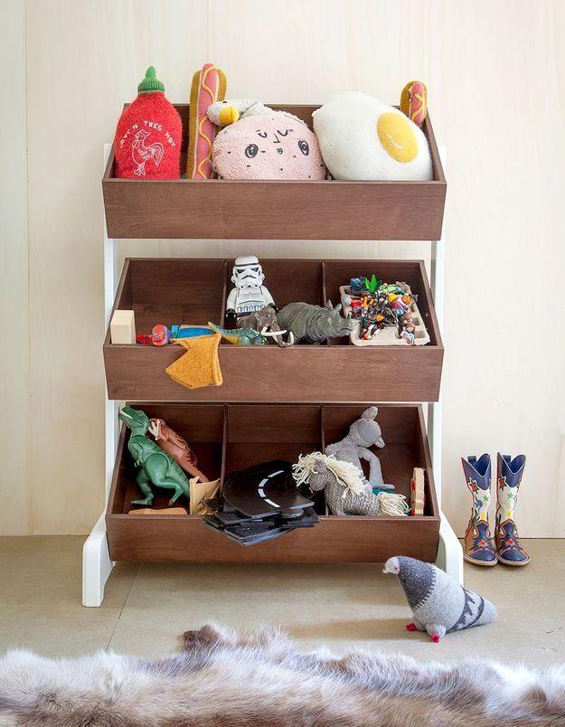 Un meuble à compartiment adapté à la taille de l'enfant