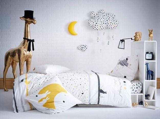 Une tête de lit intégrant des rangements