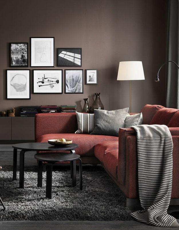 Comme décorer un petit salon sans l'encombrer ?