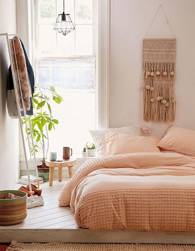 De la déco murale pour une petite chambre tendance