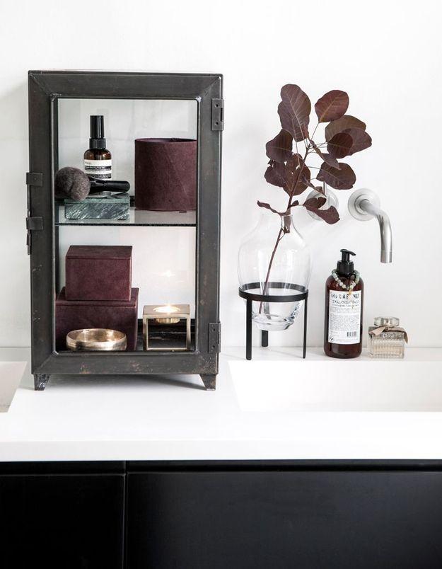 Apportez une attention particulière aux boîtes de rangement de la salle de bains