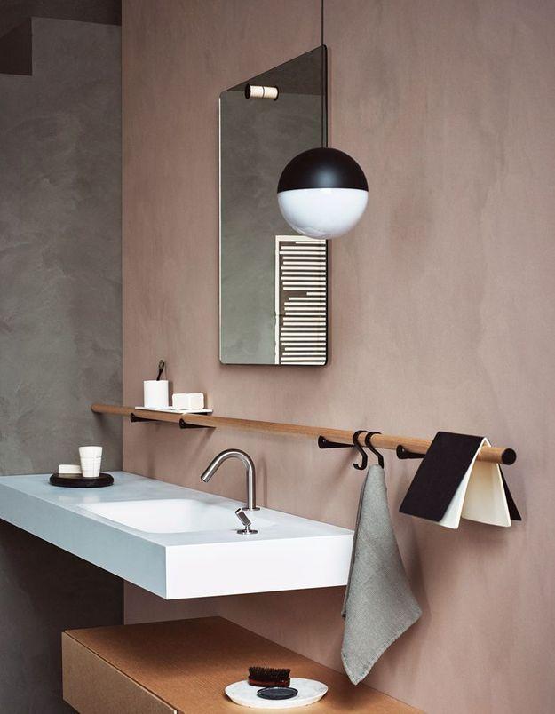 Oser la barre de crédence dans la salle de bains