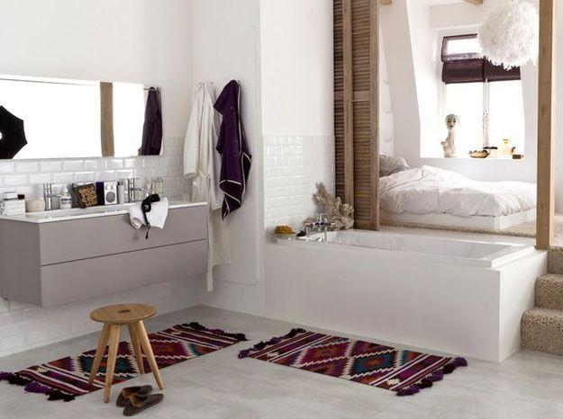 Idée déco de salle bains: des tapis aztèques
