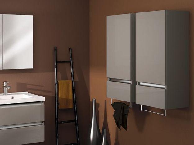 Armoire sèche-serviettes pour la salle de bains