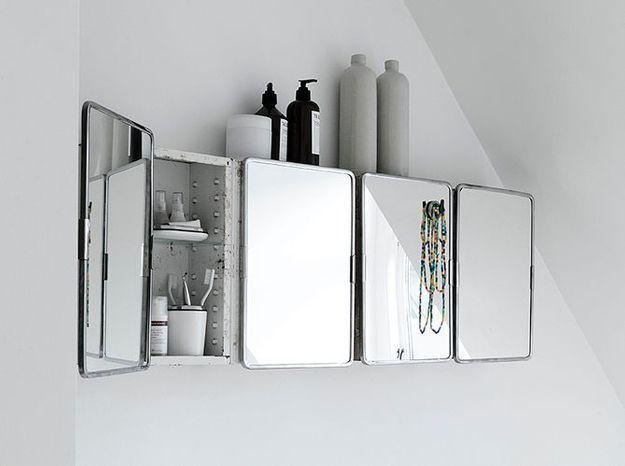 Petite armoire vintage pour la salle de bains