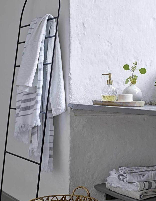 Rangement Bloomingville pour la salle de bains
