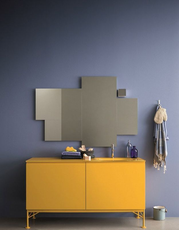 Miroir de salle de bains à LED