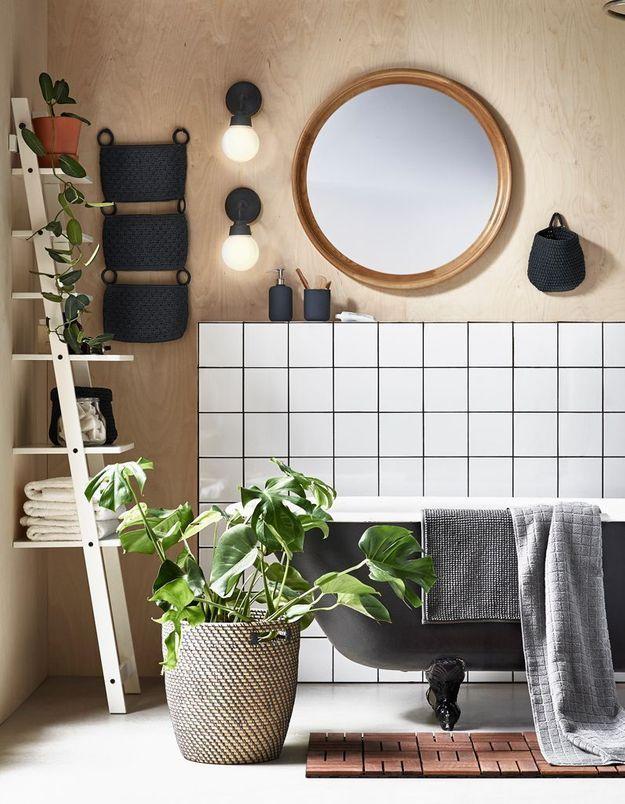 Miroir de salle de bains en bois