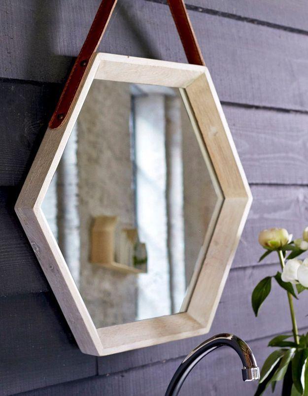 Miroir de salle de bains hexagonal