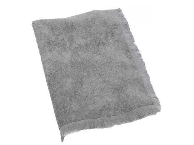 6. Le tapis de bain à franges